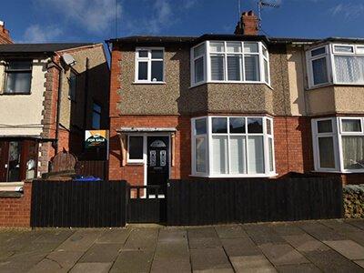 House for Sale Oakwood Road, Northampton